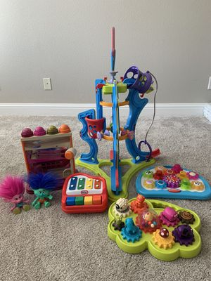 Toys in EXCELLENT condition! for Sale in Clovis, CA
