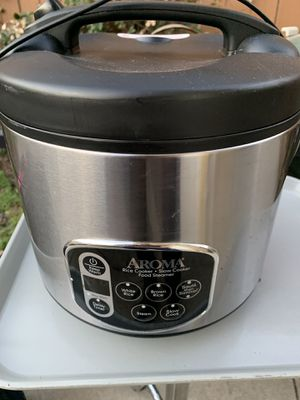 Aroma rice cooker/ slow cooker/ steamer for Sale in Rosemead, CA