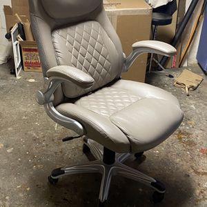 Vinyl Office Chair for Sale in Seattle, WA