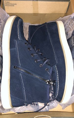 nice mens timberland shoes size 9 for Sale in Los Angeles, CA