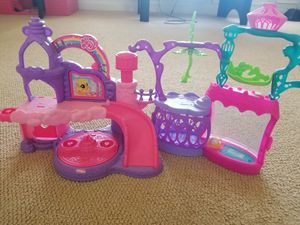 My little pony castles and Scooby doo van for Sale in Holly Springs, NC