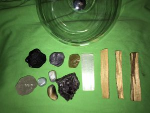 Stone & Crystal Healing Kit for Sale in Hempstead, NY