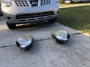 Headlights for Nissan Rouge 2008 for Sale in Jacksonville, FL