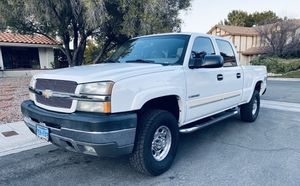 2004 Chevy Silverado 2500HD LT for Sale in Las Vegas, NV