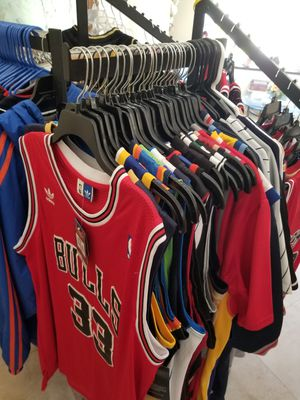 NBA MLB AND NFL THROWBACK JERSEYS SIZE 2XL. NEW AND VINTAGE. NIKE ADIDAS AND REEBOK for Sale in Fort Lauderdale, FL