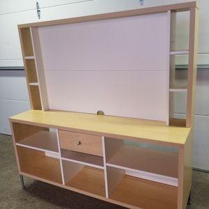 Nice Shelving Unit for Sale in Sammamish, WA