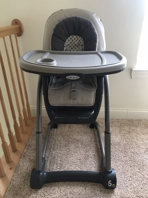 Graco blossom 4-in-1 Convertible High Chair System for Sale in Gaithersburg, MD