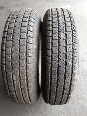 205 75 15 trailer tires $80 for both with free mount and installation for Sale in Tacoma, WA
