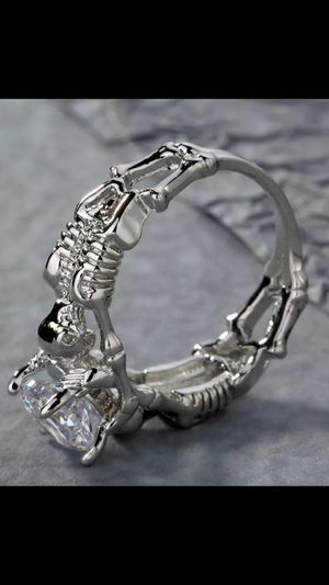 WOMANS EYE-CATCHING, Excellent Quality and Workmanship Enhancing SKULL 💀 Engagement , or Just Because You love ❤️ This RINGS, for Sale in Phoenix, AZ