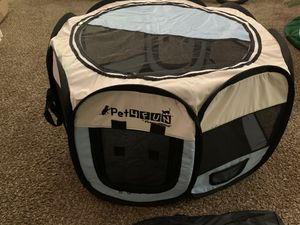 Portable Dog house Folds Has Carrying case stakes and water bowl for Sale in Haddon Heights, NJ