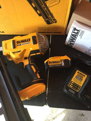 Dewalt XR brushless 21 framing nailer 5.0AH battery and charger for Sale in Fontana, CA