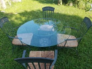 Table and chairs for Sale in Rockledge, FL