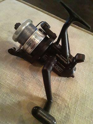 Shimano baitrunner 3500 fishing reel for Sale in Orlando, FL