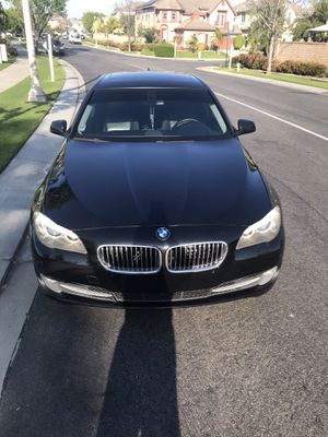 2011 BMW 528i 2nd owner fully serviced. for Sale in Fullerton, CA