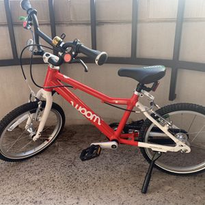 Woom Bicycle, Size 3, Red for Sale in Washington, DC