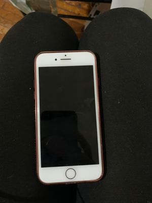 iPhone 8 for Sale in Agawam, MA