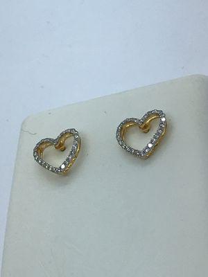14k Gold Diamond Heart Earrings New for Sale in Renton, WA