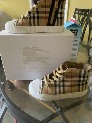 Burberry Children Shoes Size 33 for Sale in Santa Ana, CA