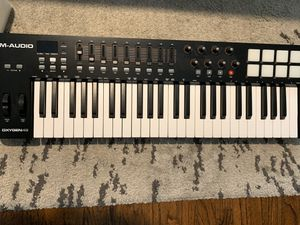 M audio oxygen 49 midi keyboard for Sale in Redondo Beach, CA