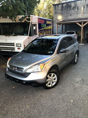 IN GREAT CONDITION 2007 135,000 MILES HONDA CRV EX AWD. NO MECHANICAL PROBLEMS CLEAN IN OUT RUNS NEW SalvageTITLE NO TRADE for Sale in Philadelphia, PA