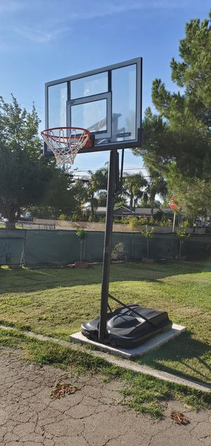 Basketball hoop for Sale in Stockton, CA