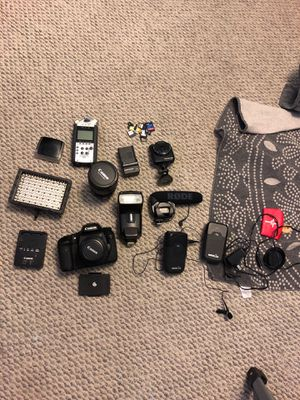 Canon 7D eos everything included barely used (all items included worth over $2,000) for Sale in Jersey City, NJ