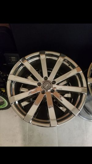 CHROME VELOCITY RIMS for Sale in Los Angeles, CA