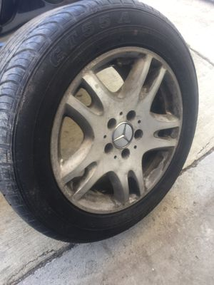 From 03 to 09 Mercedes E Class E320/E500 Rim with good tire $200 for Sale in Kensington, MD