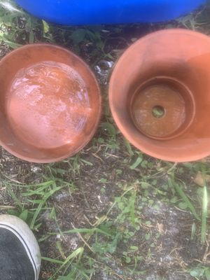 Clay flower pots for Sale in Parrish, FL
