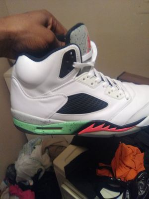 Jordan retro 5 Poison size 11 great condition *ACCEPTING TRADES ALSO* for Sale in Tampa, FL
