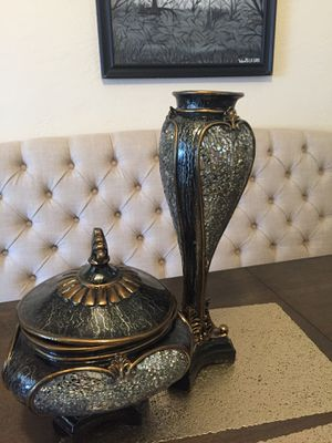 Set of 2 decor for Sale in Fresno, CA