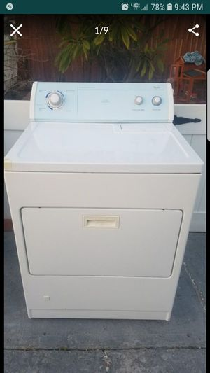 WHIRLPOOL LARGE CAPACITY GAS DRYER for Sale in Whittier, CA