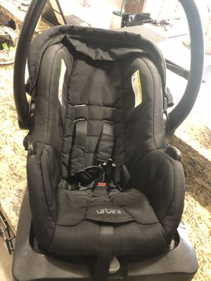 Baby Car Seat with Stroller for Sale in Brownsville, TX
