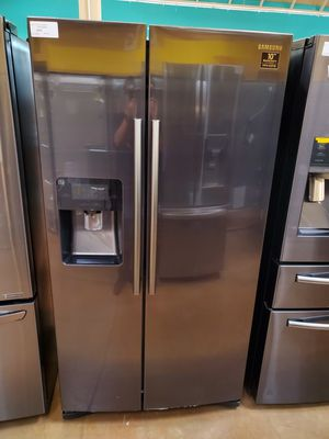 Samsung Side By Side Black Refrigerator for Sale in Rancho Cucamonga, CA