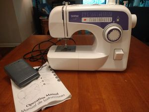 Brother sewing machine (xl-2600) for Sale in Durham, NC