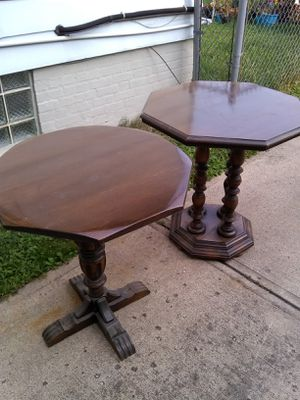 I have two antique tables $100 or best offer no low-balling for Sale in Brooklyn, OH