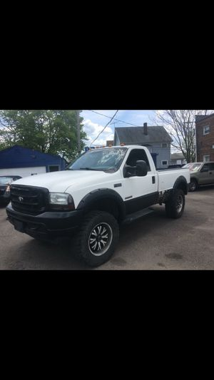 2004 Ford F-350 super duty regular cab for Sale in Cleveland, OH
