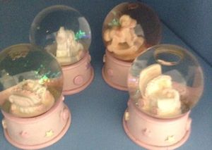 Snow globes for Sale in Fort Pierce, FL