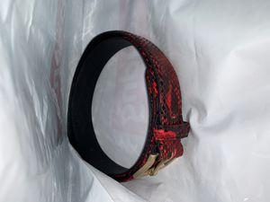 SUPREME FAUX Snakeskin Belt for Sale in Miami Beach, FL