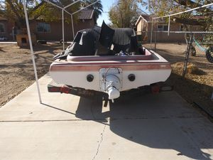 "Free 16' coma boat only ""NoT the trailer"" its a project boat. for Sale in Hesperia, CA"