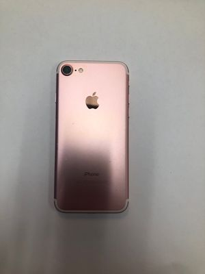 iPhone 7 32GB unlocked for Sale in Dearborn, MI