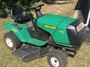 Weed eater Lawn Tractor 42 inch for Sale in Somerdale, NJ