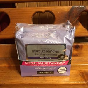 2 Neutrogena Makeup Remover Cleansing Towelettes Value Pack for Sale in Hamburg, NY
