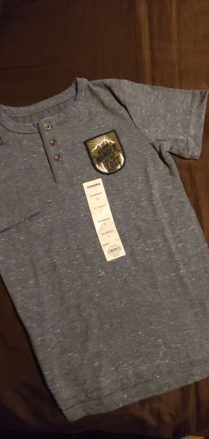 New Boys Size 5 Henley for Sale in Hesperia, CA