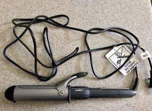 Conair curling iron 1-1/4 inches for Sale in Nashville, TN