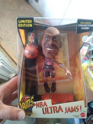Michael Jordan 1999 toy for Sale in Alvarado, TX
