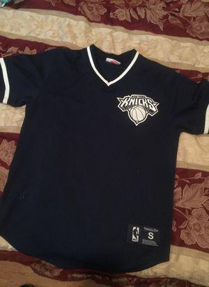 New York Knicks jersey for Sale in Philadelphia, PA