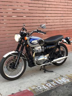 2001 Kawasaki W650 super clean rare motorcycle for Sale in Los Angeles,  CA