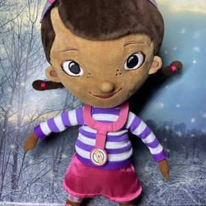 "Doc McStuffins 13"" Plush doll. for Sale in Long Beach, CA"