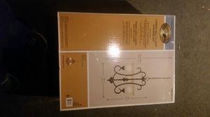 Hampton bay lavers hill 3 light chandelier for Sale in Newport News, VA